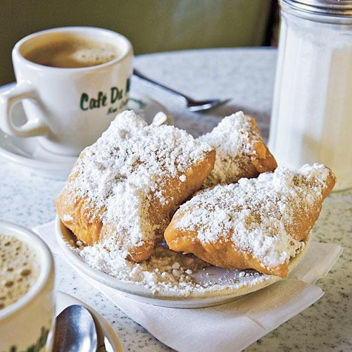 Ny Orleans Vacations: Beignets from Cafe du Monde