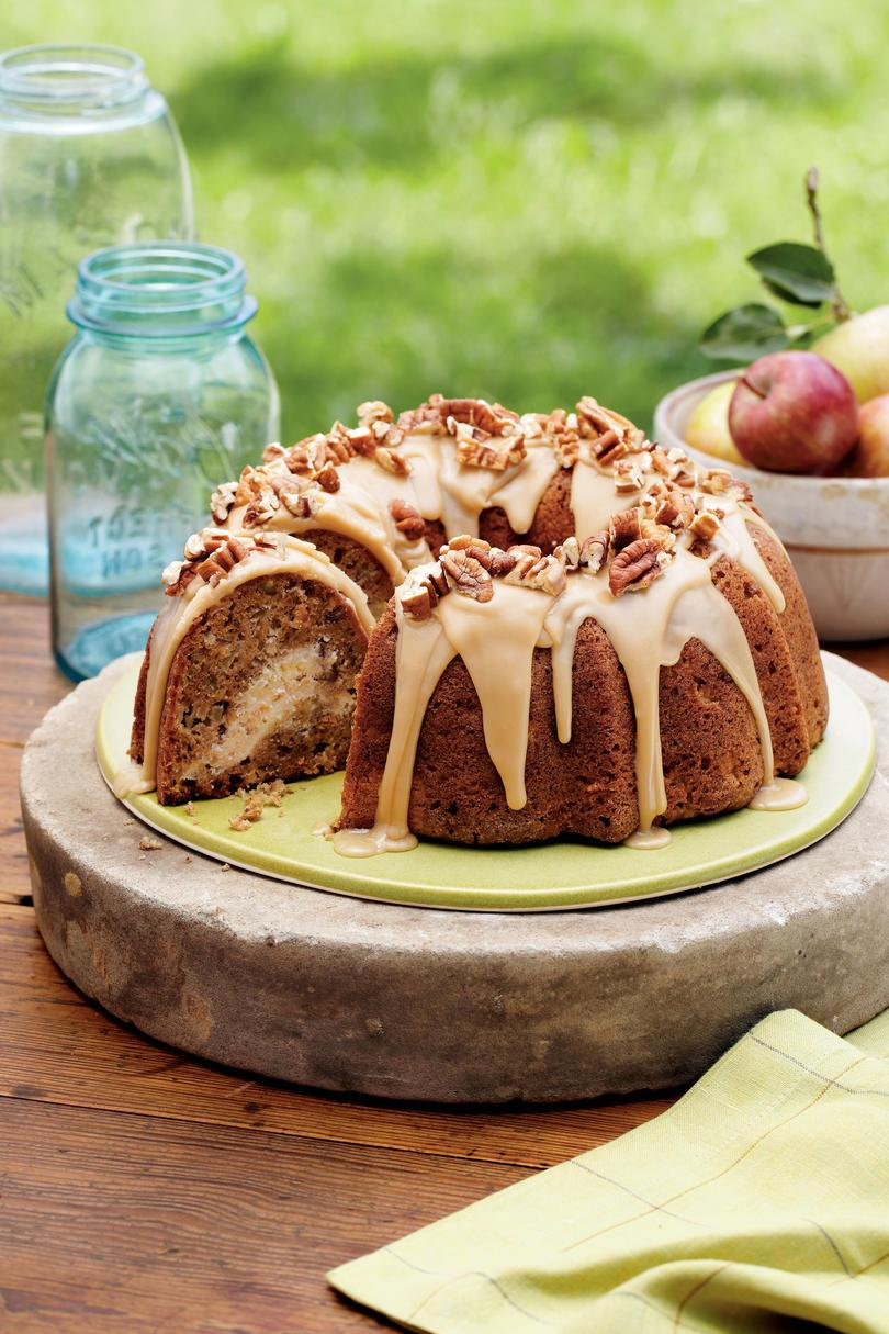 Apple-krém Cheese Bundt Cake