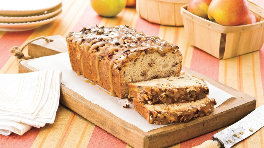 Praline-Apple Bread