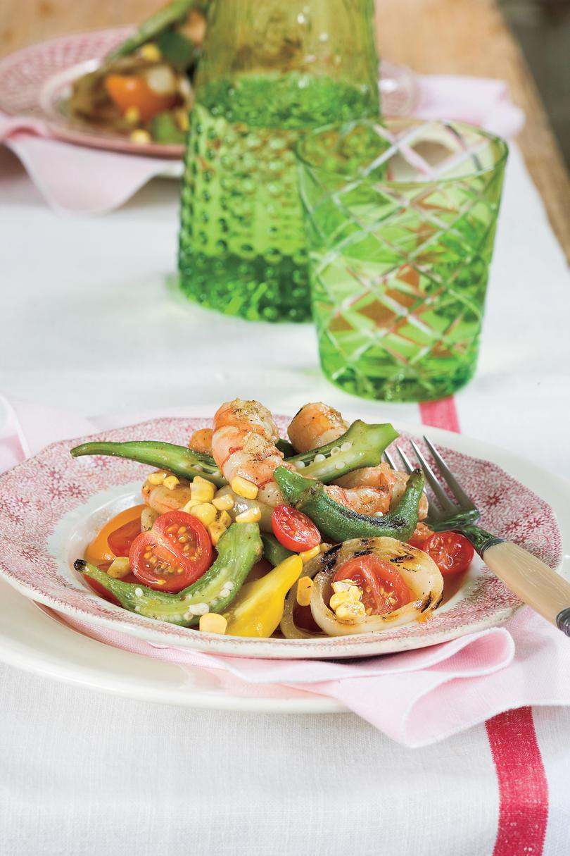Sommer Local Produce Recipes: Grilled Shrimp Gumbo Salad