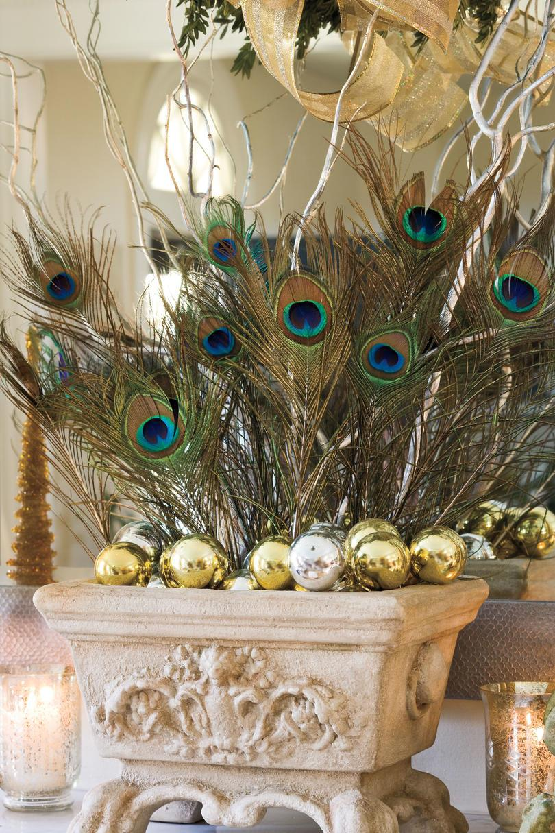 Vánoce Decorating Ideas: Peacock Feathers