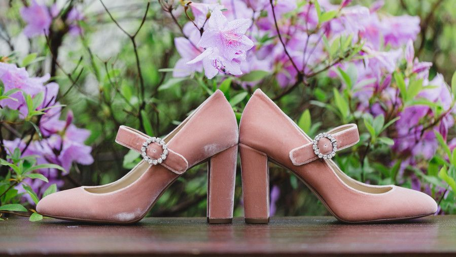 розов Bridal Shoes with Buckle