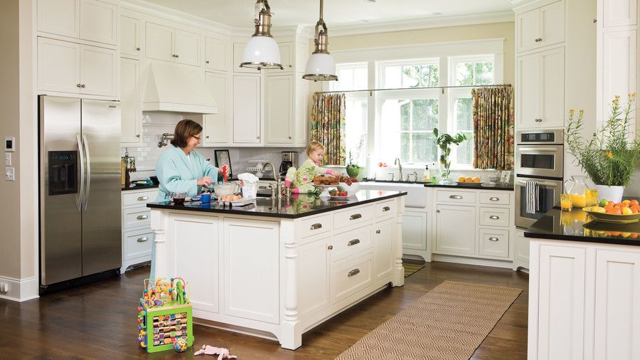アイデア for Southern Homes: Kitchen Cabinet Details