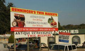 أعلى سوق البرغوث يجد في Rennigers