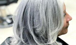 Nádherné odstíny šedivých vlasů, které vás přimějí přehodnotit ty kořenové dotyky
