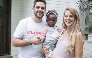 Se Heartwarming Moment, når Thomas Rhetts baby døtre mødes for første gang