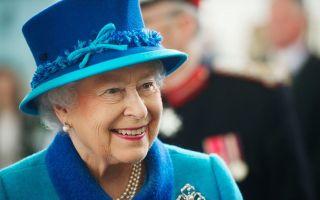 لن تصدق أبدا الأسماء الكاملة للأسرة الملكية البريطانية