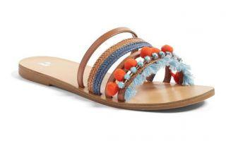 Disse stilfulde sommer sandaler er så behagelige som de er farverige