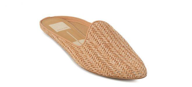 أحذية الجميع سوف يرتدي هذا الربيع ، وفقا لبينتيريست